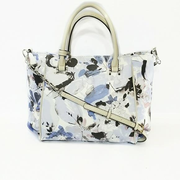 NWT GUESS Womens Blue Floral Handbag Purse Tote 80860955f20c7